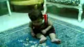 videos de risas bebe borracho