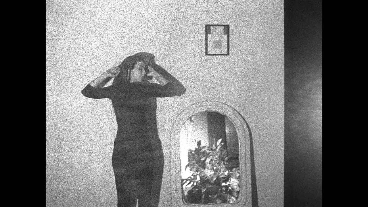 julia-holter-silhouette-official-video-domino-recording-co