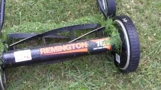 Review Remington RM 3000 16 inch cutting width hand push mower.