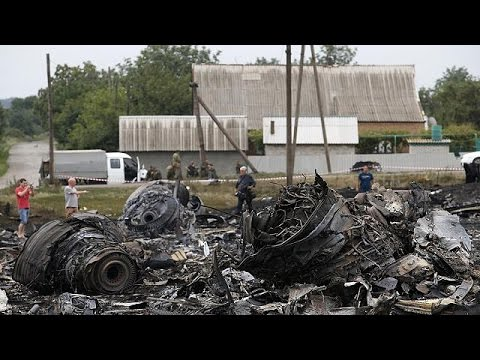 Ukraine: Black boxes recovered from downed Malaysian airliner