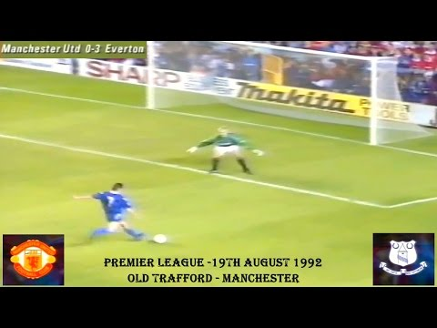MANCHESTER UNITED FC V EVERTON FC - 19TH AUGUST 1992 - OLD TRAFFORD - MANCHESTER