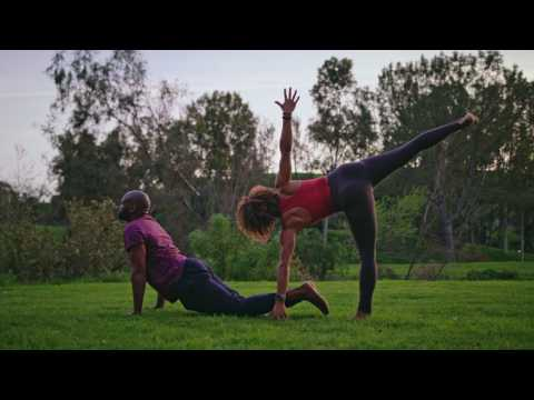 lavhā-essential-oil-jewelry-yoga-couple-commercial