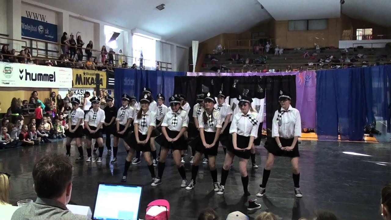 Policie v akci - E.M.Dancers