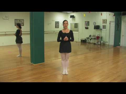 Ballet Lessons : What Do Ballet Dancers Wear?