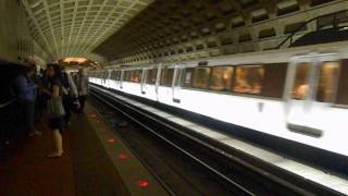 DC Metro (WMATA): Rush Plus Orange line arrived at Farragut West