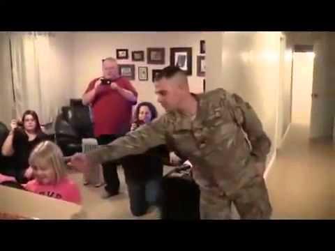 Soldat Heimkehr , versuchen nicht zu weinen