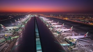Dubai Airport Baggage Handling Inner Workings in 4k -  Dubai Flow Motion: Extended
