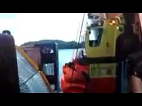 Video: Fuso Terperosok ke Dalam Laut Saat Akan Naik Kapal di Dermaga 3 Bakauheni