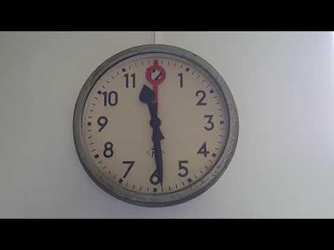 2x Telenorma (T&N) Uhr