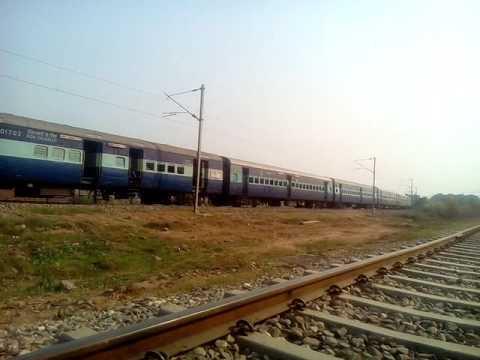 Locknow to chandigarh express