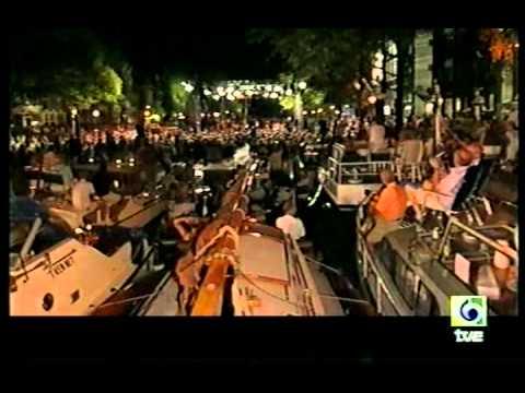 Juan Diego Florez - Amsterdam Prinsengracht Concert (2002) - V Scalera.avi