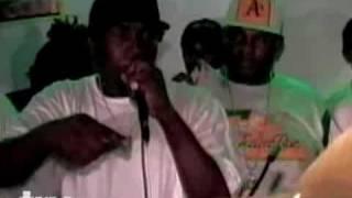 Jamaican Dancehall Fight - Mr Lexx vs Foota Hype