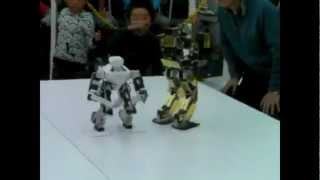 Korean Robot Gladiators Final Battle 2012 - So Amazing!