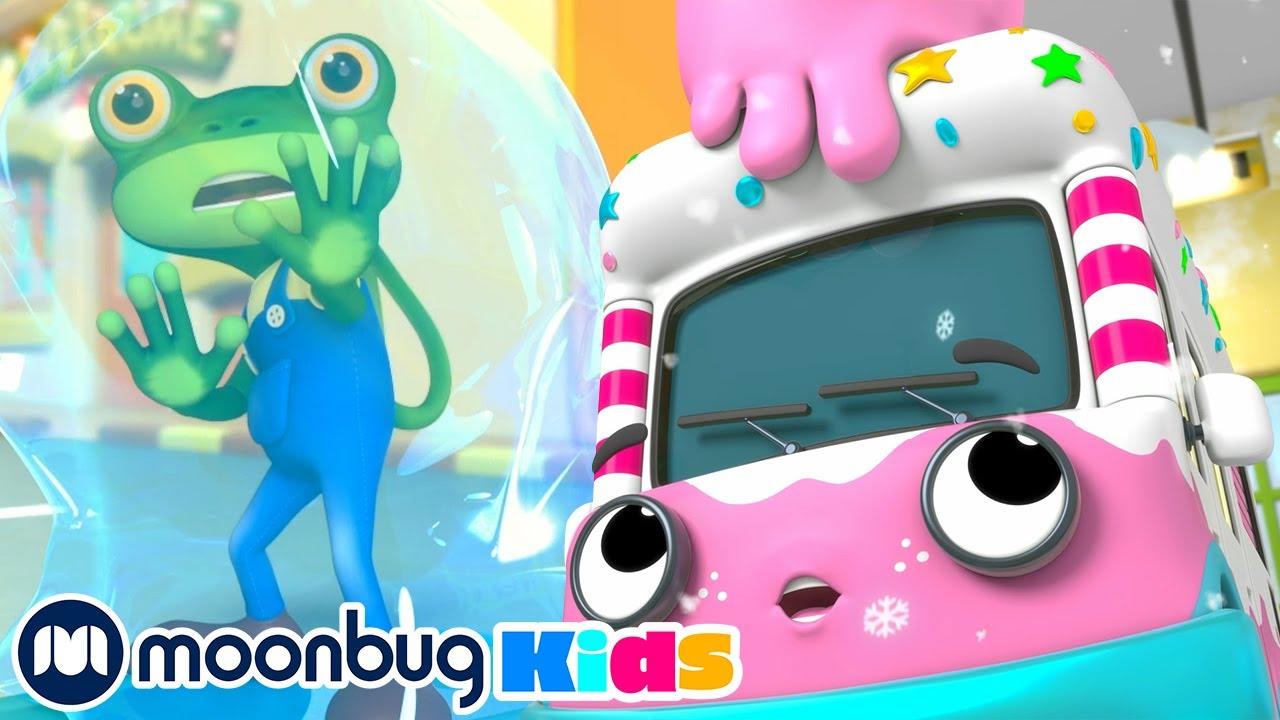 Baby Bus Pond Crash! | NEW Gecko's Garage | Christmas Kids Cartoons & Baby Videos