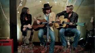 Gloriana - (Kissed You) Good Night - Acoustic Valentine