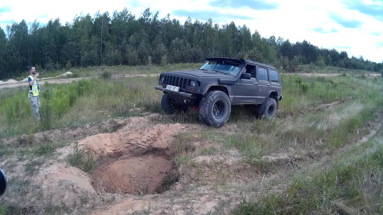 medium resolution of jeep cherokee xj 33 inch all terrain tyres 5 inch lift