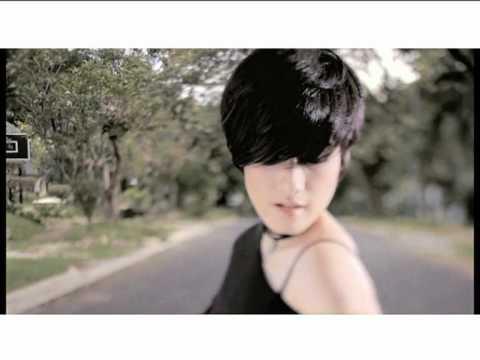 Kamaya feat. Firman - Nanti Dulu (Official Video)