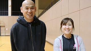 シッティングバレーボール男子日本代表の田中浩二(48)、女子日本代...