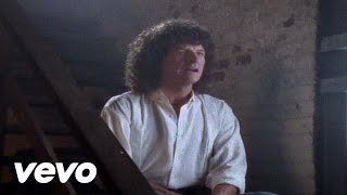 Watch Reo Speedwagon Here With Me video