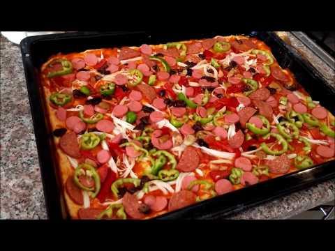 Evde Pizza Tarifi Nasıl Yapılır