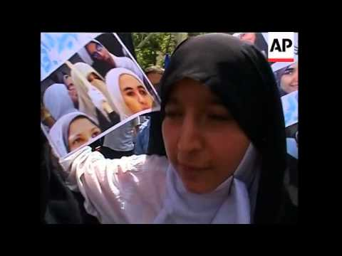 Protest march over murder of young Egyptian mother in Dresden courtroom