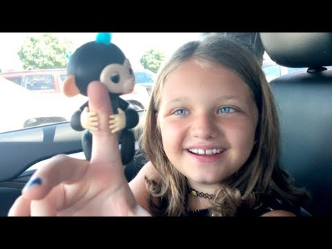 Toy Shopping At Walmart For Fingerlings Surprise BABY MONKEYS Kids Toy Review