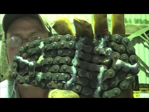 Blacksmithing - Forge Welding A Motorcycle Chain By Hand