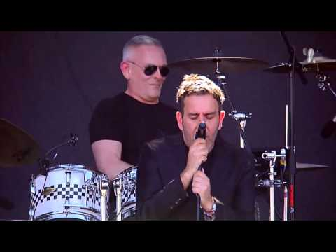 The Specials - Ghost Town - Lollapalooza Chile 2015