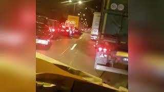 Wypadek na A2. Kierowcy nie stworzyli korytarza życia, straż pożarna nie mogła dojechać...