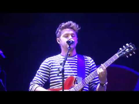 Niall Horan- On the Loose (B96 Summer Bash '17)