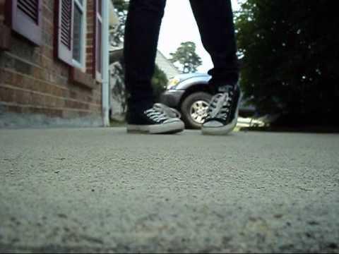 Dance tutorial how to c walk (crip walk) danceshowoff. Com.