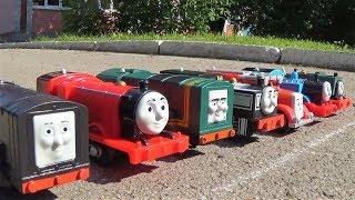 Паровозик Томас и его друзья сумасшедшие гонки поезда игрушки для мальчиков видео для детей