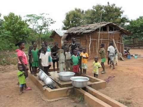 4. CLEAN AND SAFE DRINKING WATER Nsoatre B/A, Ghana
