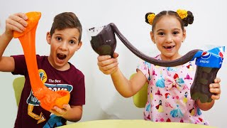 Anna Pretend Play Making Satisfying Slime Art Project