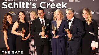 eugene levy and the cast of schitt s creek at the 2016 canadian screen awards