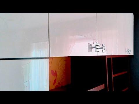 Современная стенка в спальню с рабочим местом