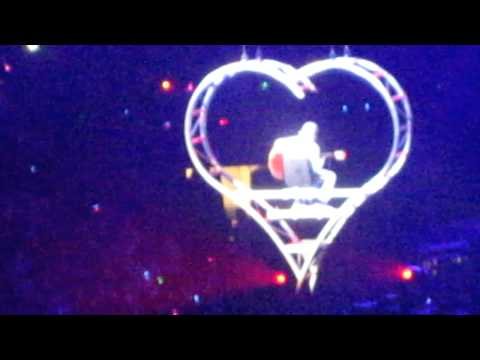 Never Let You Go- Justin Bieber Wells Fargo Center PA Concert 11/14/10 (My World Tour)