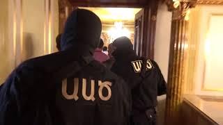 Դոն Պիպոյի տանն ապօրինի պահվող զենք ու զինամթերք են գտել. ԱԱԾ-ի տեսանյութը