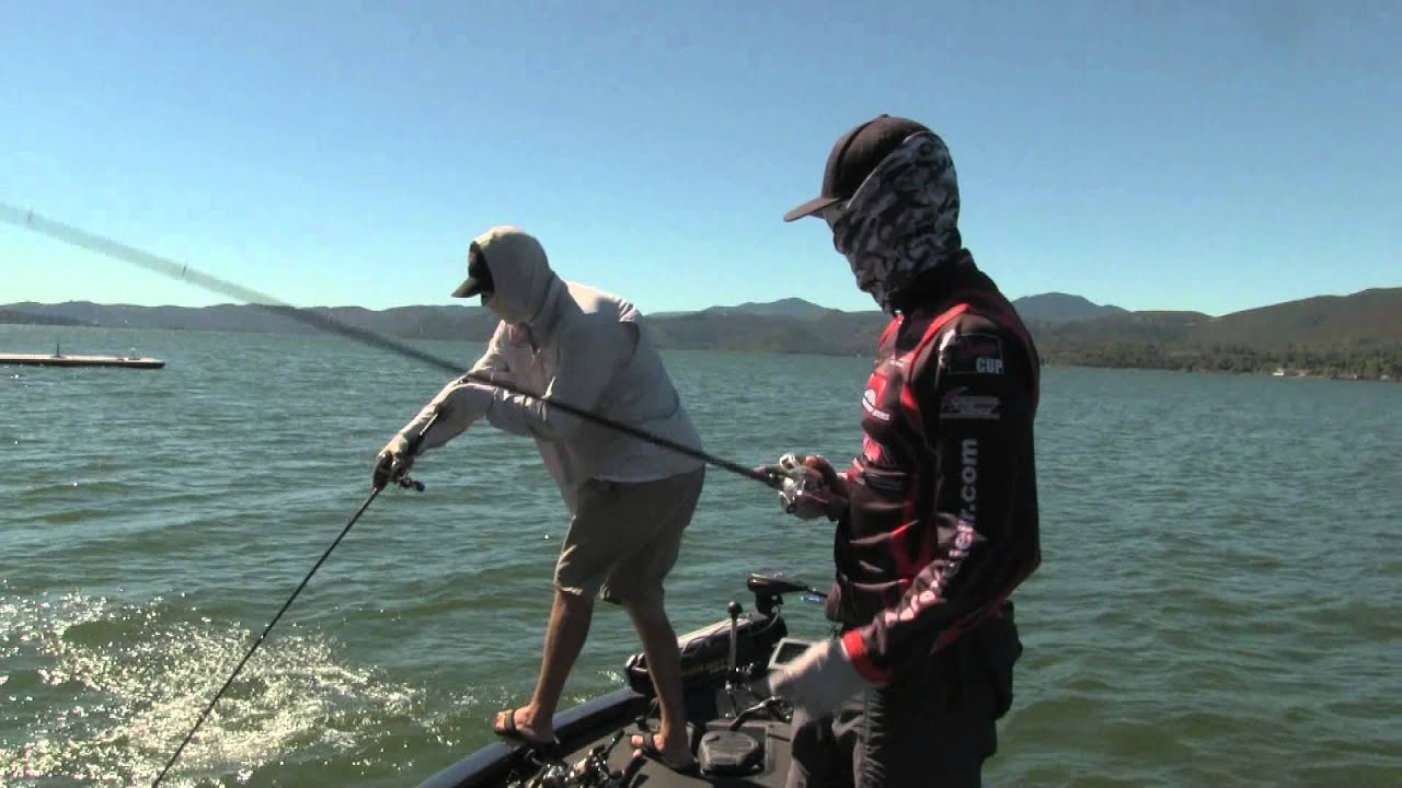 Frog fishing on clear lake ca with aaron britt youtube for Clear lake fishing report