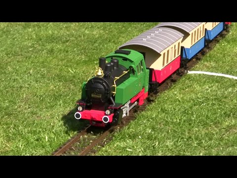 Double Piko 37130, g-scale starter set: test drive in my garden