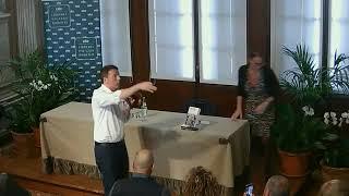 Matteo Renzi presenta