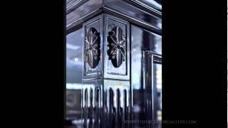 Modern Display Cabinet - Glass Display Cabinet - Black Gloss Finish - Salene