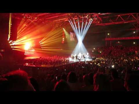 Spectacle M POKORA RED TOUR Zenith PARIS 2015