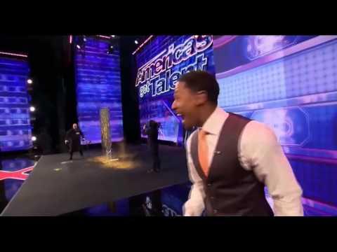 'America's Got Talent' #1 Speed Painter Robert Channing Paints Howard Stern AMAZING!