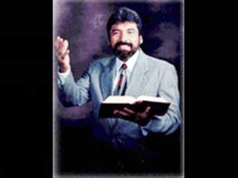 Salvador Gómez habla sobre idolatría parte 1 de 4