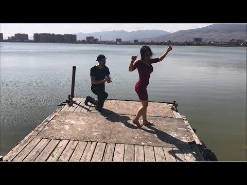 Девушка В Мини Юбке Босиком Танцует Быстро И Красиво Чем Парни 2019 ALISHKA ELVIN AZARINA (Дагестан)