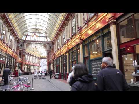 London Walk:   SOHO, The City, Covent Garden