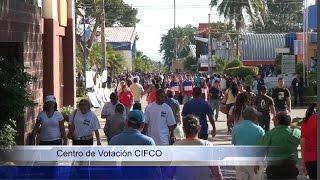 Retraso en la apertura en los centros de votación - Elecciones 2015