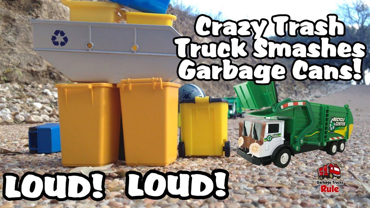 Trash Can Toys R Us : Garbage truck crunching up furniture elis