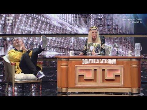 Marracash al 'Donatella Versace Late Show' - Virginia Raffaele - Facciamo che io ero 31/05/2017